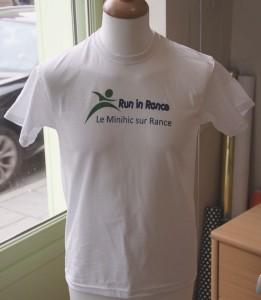 t-shirt-face-run